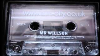 Old Skool Uk Garage mix SUN CITY live - Mr Willson 2001