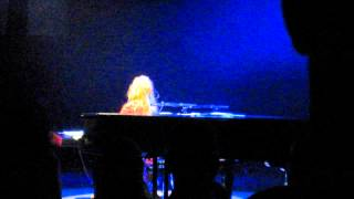 Tori Amos Hey Jupiter (partial) - Helsinki June 9 2015