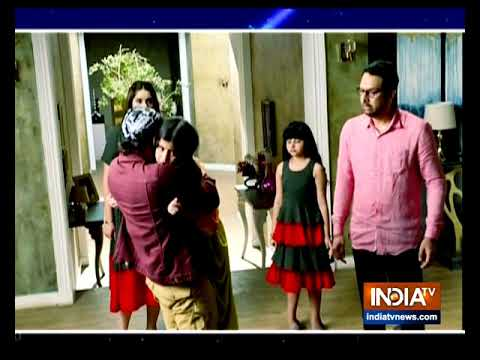 Download Kulfi comes to know about her father Sikander
