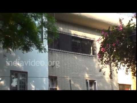 Bollywood Celebrity Home - Boby Deol's House In Mumbai | India Video