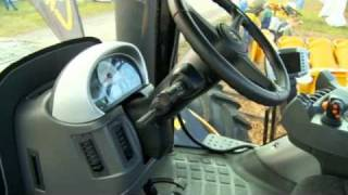 Challenger MT600 & MT900 Tractors