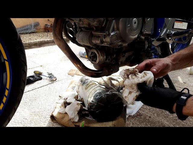 Cambio aceite y engrase cadena Suzuki Gladius 650 SFV ABS 2011 | Mantenimiento