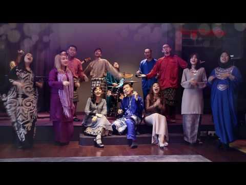 HARI RAYA CLASSICS 2016 MEDLEY (COVERS) - KHALIFF PRODUCTION & NUBORN MUSIC (OFFICIAL MUSIC VIDEO)