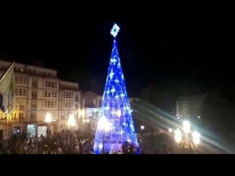 EN VÍDEO ► Lugo ya disfruta de su alumbrado navideño