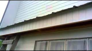 Обшивка дома вагонкой ПХВ. Boarding houses lining PVC(, 2012-06-23T19:06:39.000Z)
