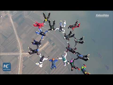 Amazing formation skydiving above Yangtze River, China's longest river