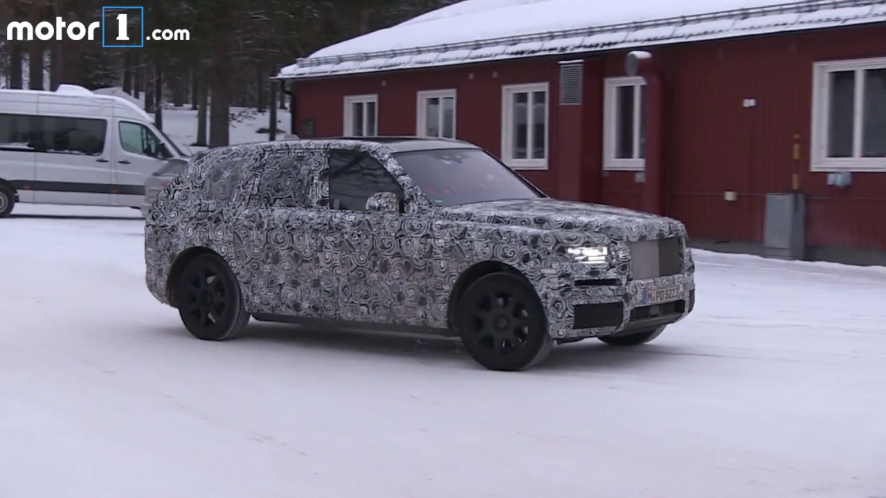 Rolls Royce Cullinan spy video