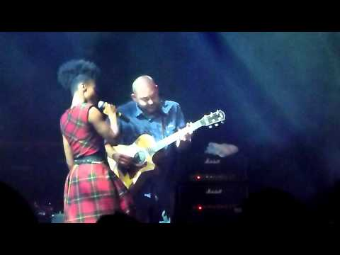 Morcheeba @ the roundhouse (London): I Am The Spring