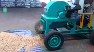 Repeat youtube video Wood crusher.MOV