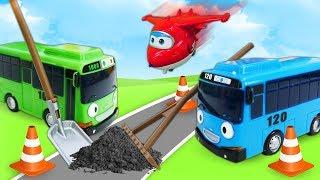 Тайо маленький автобус іграшки Іграшки для малюків: машинки і автобуси для дітей, ремонт дороги