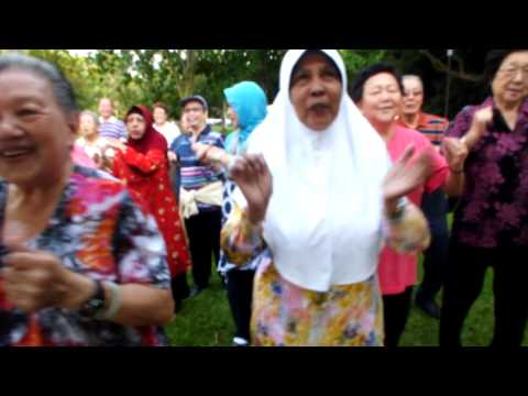 Singapore Laughter Yoga Therapy by Master Trainer Ram http://www.singaporelaughteryoga.com/ Part2
