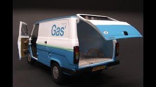 Italeri Ford Transit Van MK2 British Gas 1/24 Scale Model Kit Build Review 3687