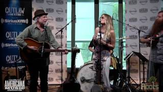 "Buddy Miller & Elizabeth Cook ""Burning The Midnight Oil"""