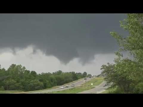 Lees Summit Tornado - July 1, 2015