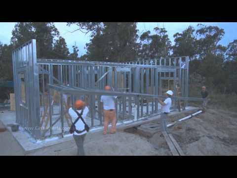 Una vivienda en 30 días con steel framing de YouTube · Alta definición · Duración:  10 minutos 16 segundos  · Más de 380.000 vistas · cargado el 01.02.2013 · cargado por CasaAbiertaUy