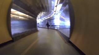 Cykling genom Brunkebergstunneln i Stockholm(, 2013-12-07T21:52:49.000Z)