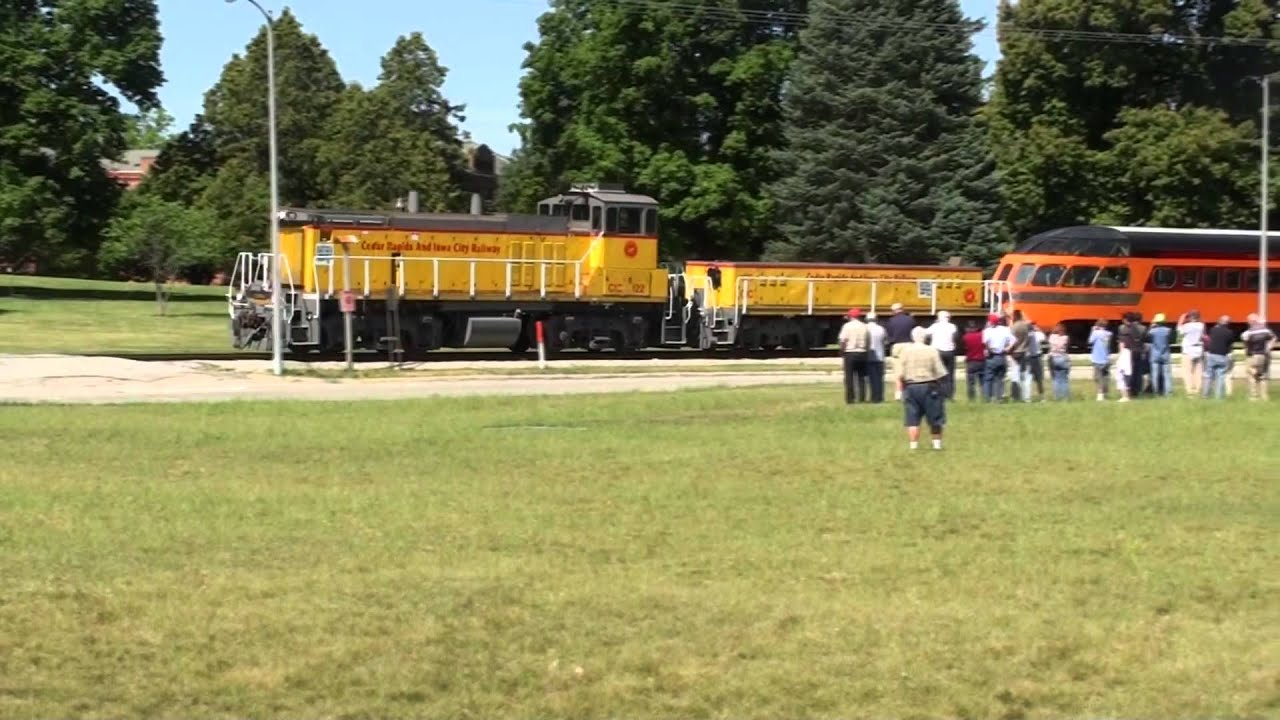 (HD) FULL POWER! EMD MP15's at FULL POWER  Great Sound! Passenger Train!