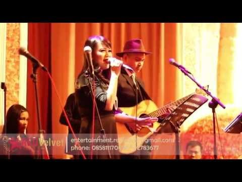Taylor Swift - Love Story (Cover) Live at SUN CITY Jakarta