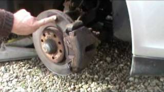 replacing front brake discs on an opel or vauxhall vectra b