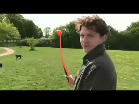 Tom Holland Pranks his Parents