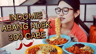 Download Video INDOMIE ABANG ADEK 300 CABE CHALLENGE | LVL PEDAS MAMPUS ft. Rizky Amalia MP3 3GP MP4