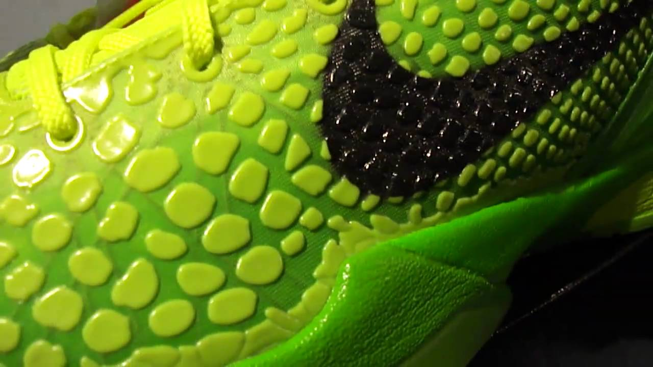 48ce68cf36ab Nike Zoom Kobe VI Grinch Christmas 6 - YouTube