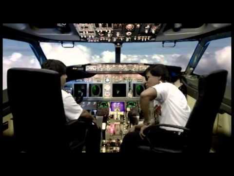 La Materialista En el Programa a Reir con Miguel y Raymon - Los Aviadores