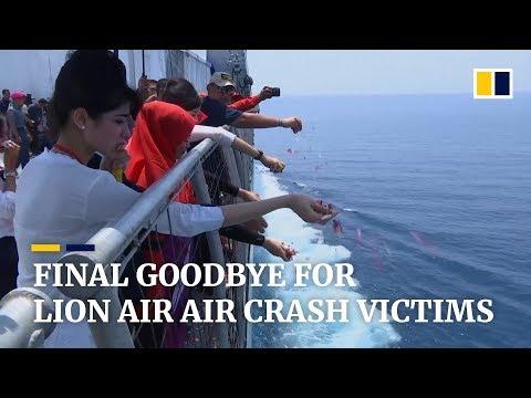 Final goodbye for Lion Air air crash victims
