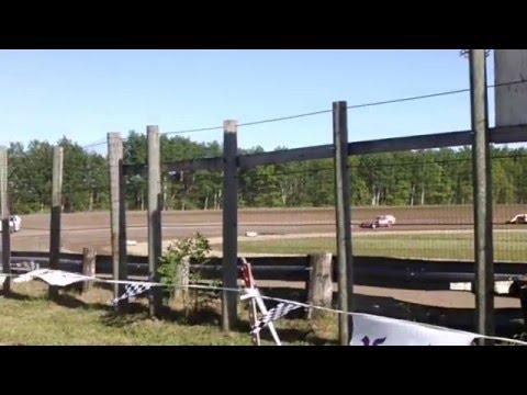 Bemidji speedway heat race. 5/31/15