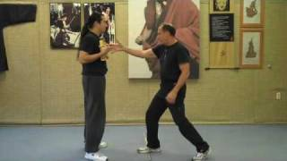 bruce lee s one inch punch demo and explaination by rick tucci watch this strike