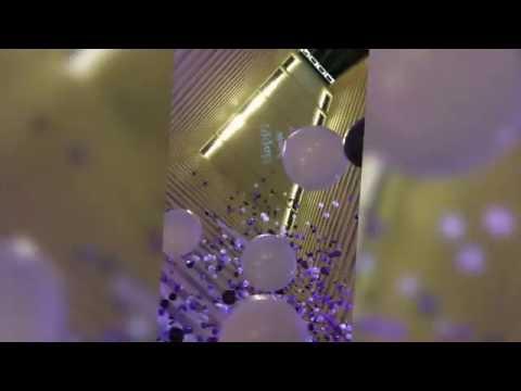 Hyatt Regency Houston Balloon Drop 2015/2016