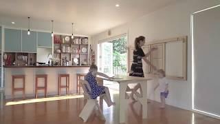 видео Полукруглый стол для кухни к стене раскладной