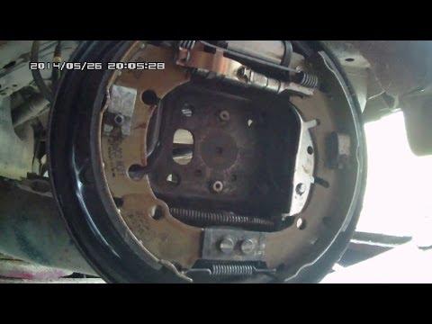 Видео Ремонт тормозных колодок