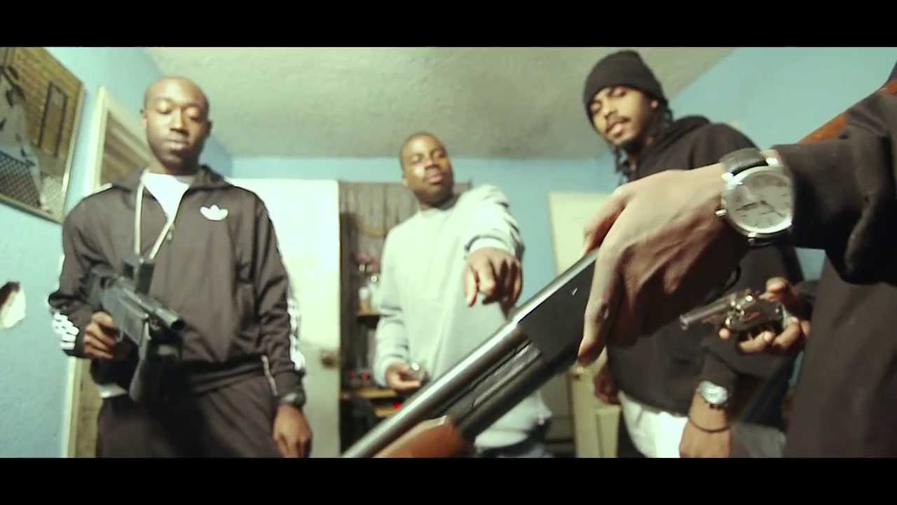 Download Freddie Gibbs & Madlib - Thuggin' (Official) - Piñata