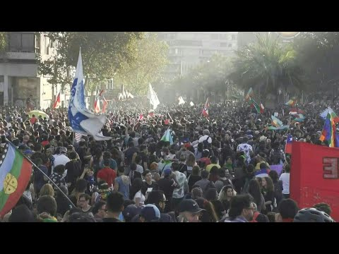 Masiva Manifestación En Chile Contra Piñera   AFP