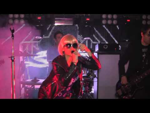 Garden State Radio ( GSR ) - Applause ( Lady Gaga ) Willie McBrides, Hoboken N.J. Oct 18, 2013