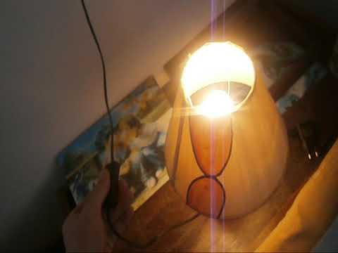 reviu na noshtna lampa