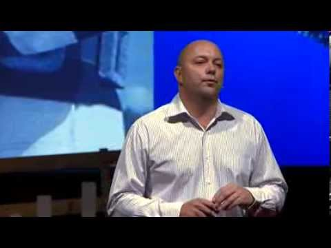 Learning from nature -- how to repel sharks | Hamish Jolly | TEDxPerth