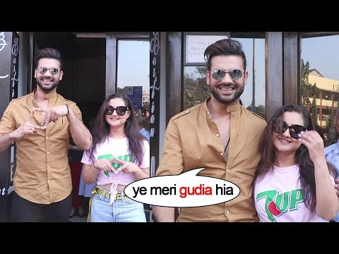 Rashmi Desai With Bigg Boss 13 Friend Vishal Singh And Other Contestant Out For A Brunch