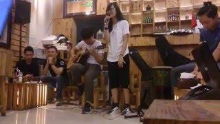 Mashup Sáng Tối - Chạy (Phùng Khánh Linh) Guitar Cover