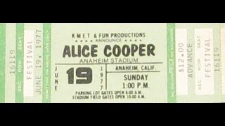 Schools Out, Alice Cooper, Anaheim Stadium, June 19th, 1977