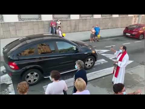 Decenas de conductores reciben en Marín a bendición de San Cristovo