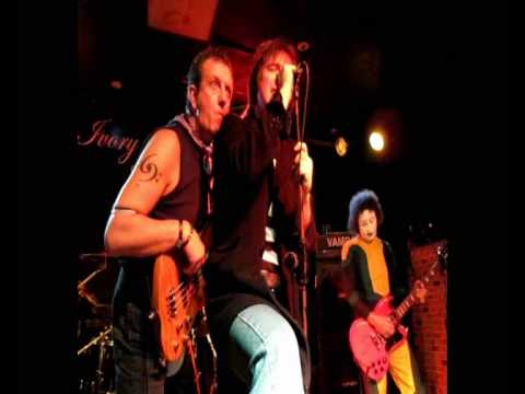 THE SENSATIONAL ALEX HARVEY TRIBUTE BAND - THE LAST OF THE TEENAGE IDOLS