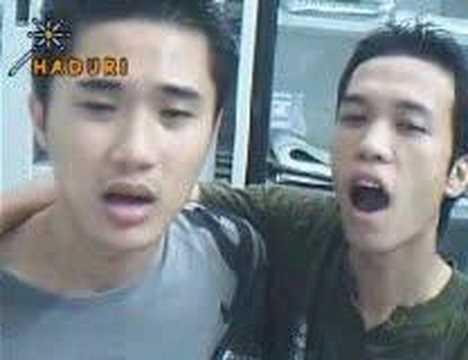 two vietnamese boy(vang trang khoc)