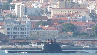 Tridente-class submarine in Lisbon