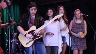 School of Rock St. Louis Summer 2015 Concert: WOODSTOCK: Feelin' Alright Resimi