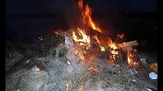 Нашел и сжег браконьерскую сеть!