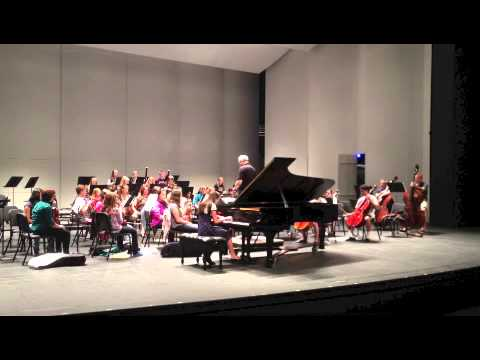 Abigail plays Schumann