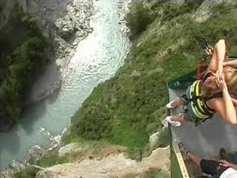 Explorergirl Does Canyon Swing In New Zealand 1 Youtube