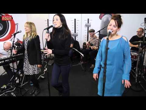 Kerkko Koskinen Kollektiivi - Laura Palmer (Akustisesti Radio Novassa 1/2)